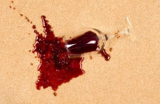 Foloseste vinul pentru a curata vinul