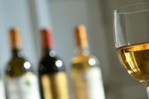 Ce tip de vin poti consuma atunci cand te afli la dieta?